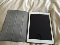 iPad Air 16gb silver with protective case