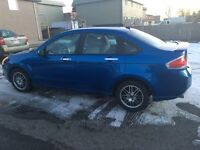 2010 Ford Focus LOWERED $5900 obo