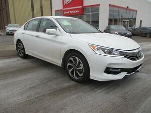 2017 Honda Accord Sedan L4 SE CVT