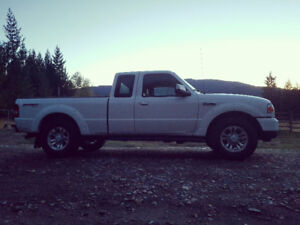 2011 Ford Ranger White Pickup Truck