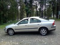 2004 Volvo S60 T.5 LOADED Sedan POWER ROOFF SEATS AND MORE