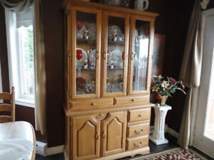 Oak Dining Set - Cabinet, 6 Chairs with Pedestal Table