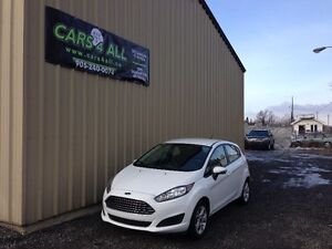 2015 Ford Fiesta SE - LOW KM's, ACCIDENT FREE