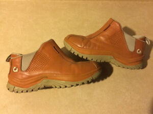 Men's Gravis Slip-On Shoes Size 11 London Ontario image 1
