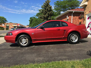 1999 Ford Mustang Coupe (2 door) (CLEAN BODY)