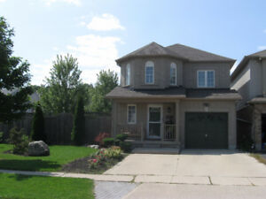 GREAT 3 BEDROOM HOME IN EAST GALT AVAILABLE NOV 1