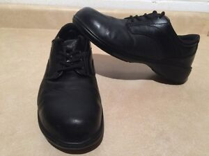 Women's Kodiak Steel Toe Work Shoes Size 9.5 London Ontario image 1