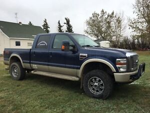 For sale 2008 Ford King Ranch F350Super duty.