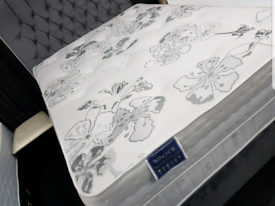 4FT6 Double Ex display spring mattress