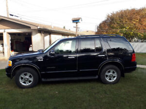 2002 Ford Explorer Limited Version.