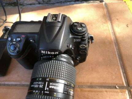 Professional photography camera NIKON lens/accessories