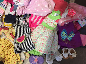 160+ pcs of baby girl clothes sizes from NB up to 24 months EUC