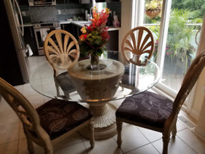 Dining/Kitchen/Conference Table with chairs
