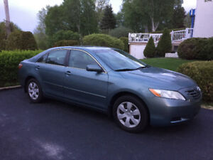 Toyota camry LE 2009 - bas millage 86000km -  impeccable