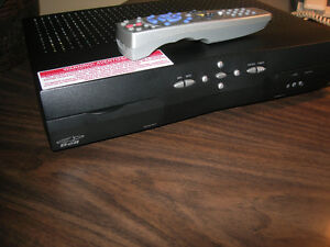 ENREGISTREUR POUR TV STANDARD DE BELL / MODÈLE 5900