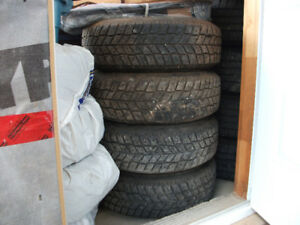 4 real good 205 75 15 snow tires