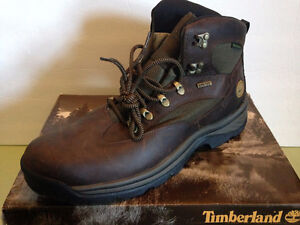 Timberland MEN'S CHOCORUA TRAIL GORE-TEX HIKING BOOT