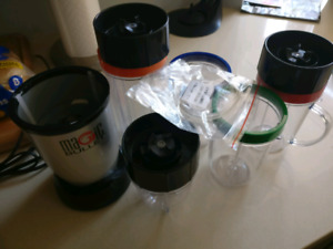 Magic bullet with extra cups and rings