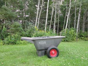 Rubbermaid 2 wheeled heavy duty wheelbarrow