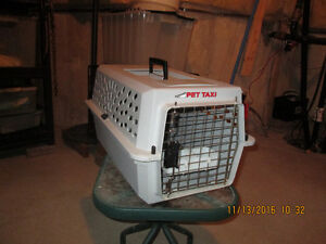 Pet Carriers - large and small Windsor Region Ontario image 2