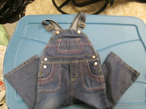 Girls Old Navy Overalls size 2T London Ontario image 1