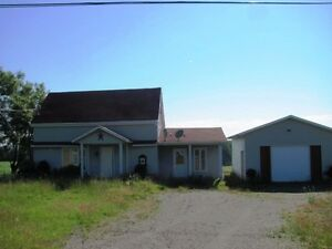 NICE 2 BEDROOM HOUSE WITH SUPERB VIEW IN DSL OF GRAND FALLS