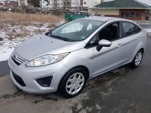 2012 Ford Fiesta SE, 4dr. Auto, Air, Loaded, New 2yr MVI