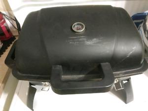 Portable propane BBQ