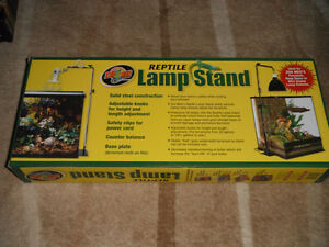 BRAND NEW Zoo Med Reptile Lamp Stand Full Size