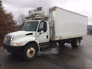 2004 International 4400 Reefer