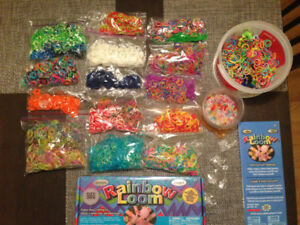 ***Gros lot de Rainbow loom!!! Valeur de plus de 150 $*****