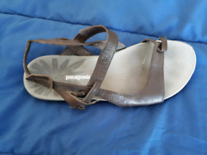 Womens size 7 Patagonia sandals