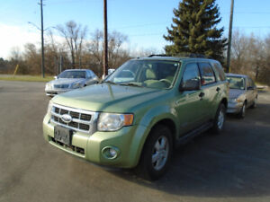 2008 Ford Escape XLT $3350 Certified