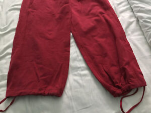 Lulu lemon pants - size 6 brand new Kitchener / Waterloo Kitchener Area image 3