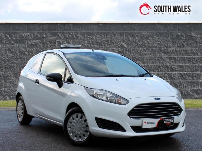 2013 63 Ford Fiesta 1.6TDCi ( 95PS ) ECOnetic II NEW SHAPE VAN
