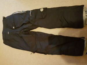 Snowboard pants - size small