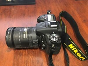 Nikon D7100 with Nikon VR 18-200 AF-S LENSES with Case