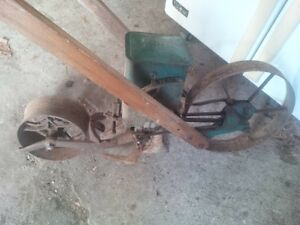Antique Planet Jr Seeder