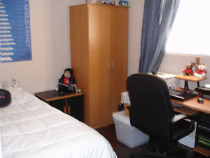 All Inclusive Furnished Room near Baseline Stn-Female Preferred