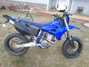 Yamaha Wr 450 supermoto/enduro   (street legal)