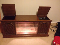 Wine glass holding unit with stereo