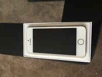 iPhone 5s gold 32 gb for sale , with 6 months guarantee