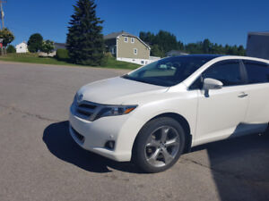 toyota venza limited awd