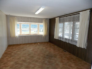 Lake View 2 Bedroom Mobile in Most Desirable Park! Williams Lake Cariboo Area image 7