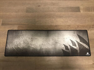 Corsair MM300 Anti-Fray Cloth Gaming Mouse Mat-Extended