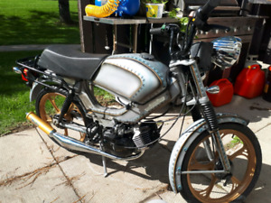 Looking to buy tomos mopeds