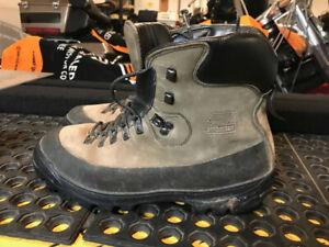 Mens Zamberlan hiking boots, size 13 UK (47 Canada)