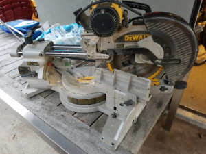 "10"" DeWalt sliding mitre saw"
