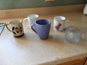 Lot de 5 tasses......