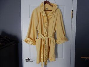 """XL """"La Senza""""  Yellow Robe"""